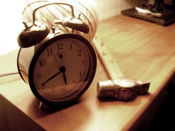 ранок, будильник