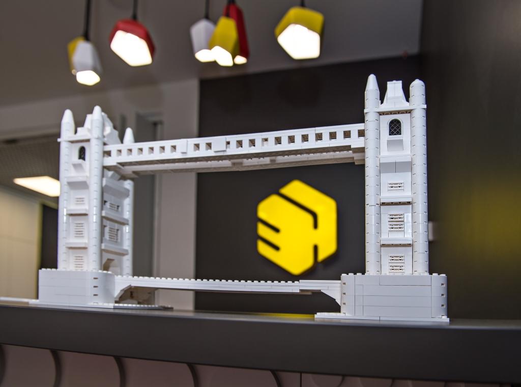 Лего архітектура в Education Hub